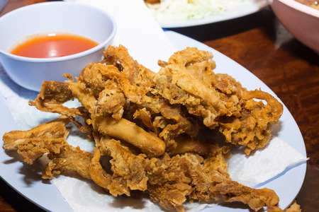chilli sauce: fried mushrooms with chilli sauce