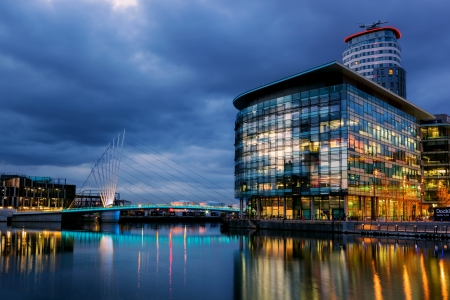 Foot bridge linking BBC media city and Imperial War museum at the Salford Quays, Manchester
