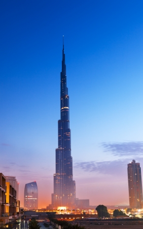 Burj Al-Khalifa is het hoogste gebouw in Dubai en in de wereld Stockfoto