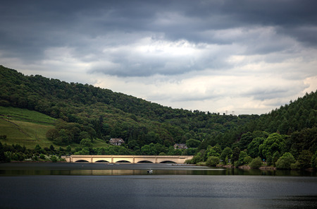 reservoir: Bridge over Ladybower Reservoir, which is a large Y-shaped reservoir, the lowest of three in the Upper Derwent Valley in Derbyshire, England.