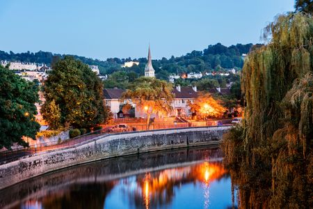 english west country: The River Avon is an English river in the south west of the country passing through Bath City, England. Stock Photo