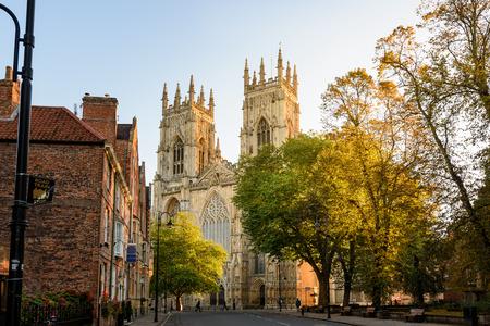 De kathedraal van York Minster in Engeland is de grootste gotische kathedraal in Noord-Europa.
