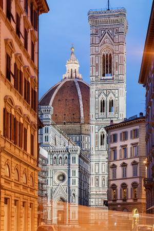 De basiliek is een van de grootste kerken van Italië en de koepel was de grootste in de wereld. Stockfoto