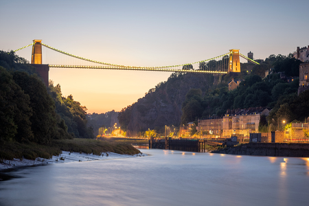 Panoramic view of the Clifton Suspension bridge over the river Avon. Stockfoto