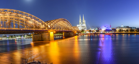 it is also the most populous city both of the Rhine-Ruhr Metropolitan Region, which is Germany's largest and one of Europe's major metropolitan areas, and of the Rhineland 版權商用圖片