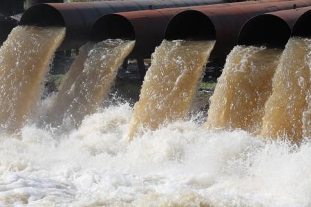 drain water: lot of water pipe