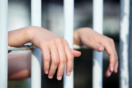 hand in jail Фото со стока - 21057403