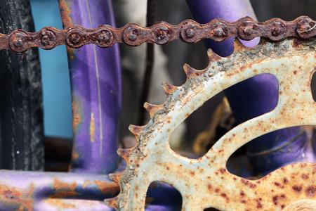 rusty chain: rusty bicycle chain
