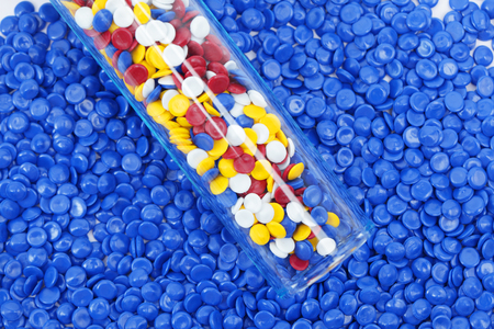 background of colorful industrial plastic pellets Stockfoto