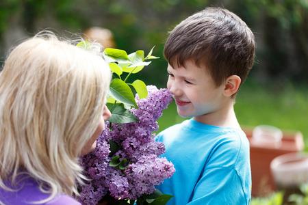 olfato: Poco lila olor muchacho, madre