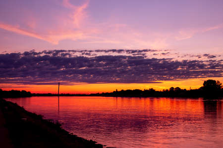 Colorul sunset over Danube at Komarom, Hungary 版權商用圖片