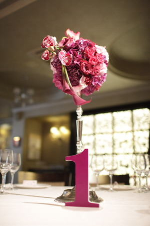 banket: Wedding bouquet of pink flowers in the restaurant Stock Photo