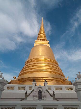 Wat Bowonniwet Vihara Rajavaravihara