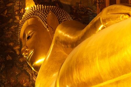 Reclining buddha statue Bangkok, Thailand Stock Photo