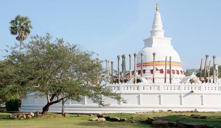 anuradhapura: Thuparama Stupa Anuradhapura Sri Lanka