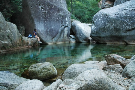 Trekking in Purcaraccia canyon, Corsica, Frankrijk