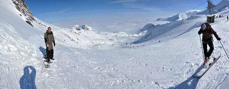 wintersport: KITZBUHEL – CCA. MARCH: Unidentified skiers are enjoying the last ski week of the season in Kitzbuhel, in March, 2012 in Kitzbuhel, Austria  Editorial
