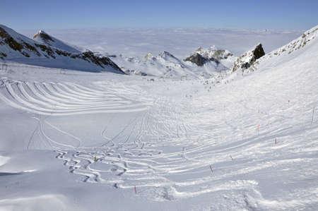 kitzsteinhorn: Slopes in Kitzsteinhorn ski resort near Kaprun, Austrian Alps