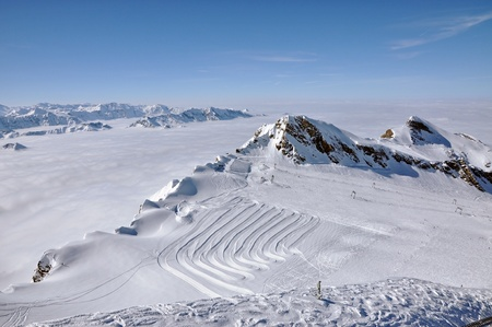 Slopes in Kitzsteinhorn ski resort near Kaprun, Austrian Alps Stock Photo - 12850337