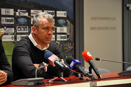 galati: CLUJ-NAPOCA, ROMANIA – MARCH 26: Coach of FC CFR Cluj, Mr. Jorge Costa during a press conference after a match against FC Otelul Galati on March, 2012 in Cluj-N, Romania