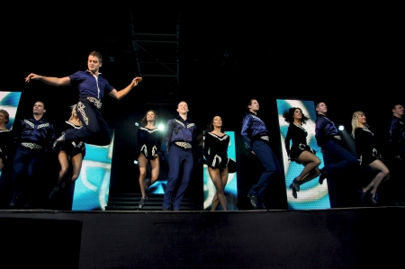kolozsvar: CLUJ NAPOCA � OCTOBER 9: Dancers from the irish Lord of the Dance group performing live at Transylvania International Music and Art Festival on  Oct. 9, 2012 in Cluj, Romania Editorial