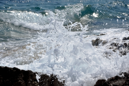 Sea waves crushing the shoreline, beautiful wild seascape Stock Photo - 17225879