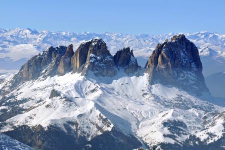 Skigebied in een besneeuwde Dolomieten, Italië Stockfoto