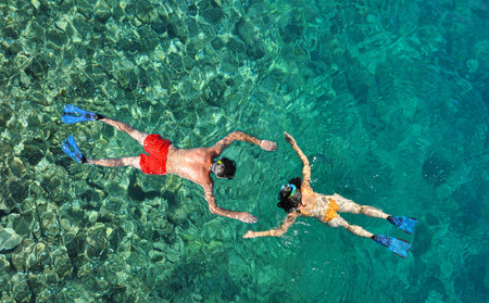 Paar snorkelen op Phi Phi Island, Phuket, Thailand Stockfoto
