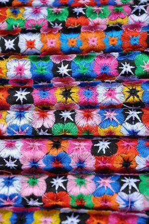 batik: Soie Vietnamienne foulard fond Banque d'images