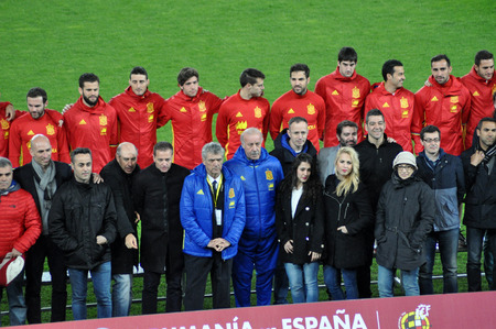 alvaro: CLUJ-NAPOCA, ROMANIA - MARCH 26, 2016: The National football team of Spain making a group photo on the field, during the warm-up before the Romania-Spain friendly match