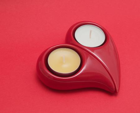 bougie coeur: bougie rouge de coeur Banque d'images