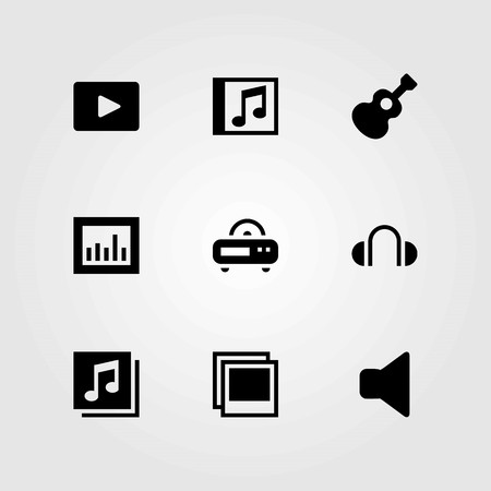 Multimedia vector icons set. compact disk, headphones and speaker.