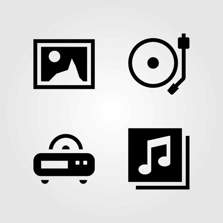 Multimedia vector icons set. quaver, radio and turntable