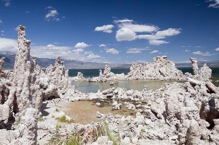 Mono Lake tufas. National Park.