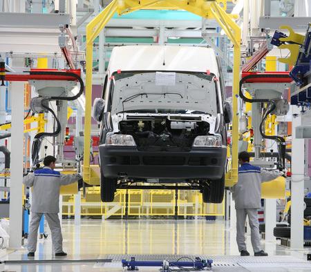 자동차에 대한 현대 자동 조립 라인