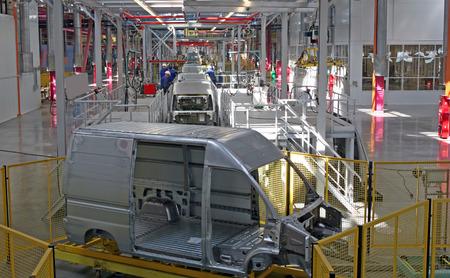 車の近代的な自動組立ライン