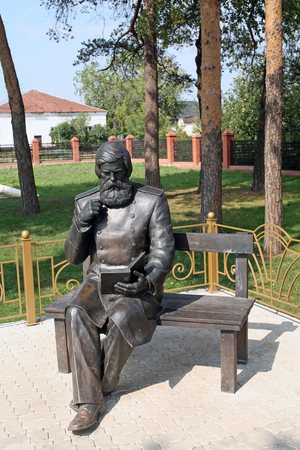 elabuga: summer cityscape House Museum and Monument to Bekhterev in Elabuga
