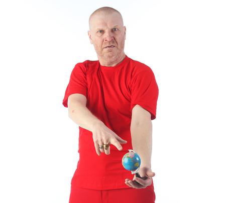 7925470ab Retrato Vertical De Hombre Calvo Adulto En La Ropa De Color Rojo ...