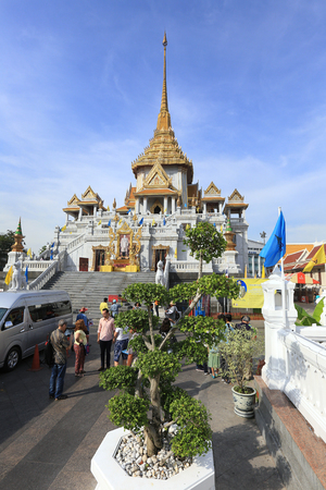 wat traimit: BANGKOK, THAILAND - December 15, 2014: Wat Traimit, Famous for its gigantic, three-meters tall and 5.5 tons Buddha Image, made of solid gold during the Ayutthaya period in BANGKOK, THAILAND