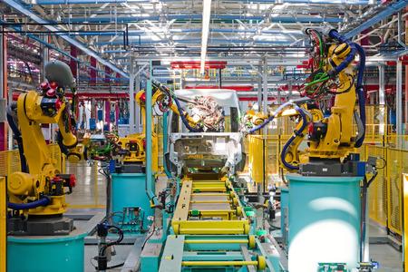 """Yelabuga, Russland - 12. Mai 2014: Montagelinie Fahrzeuge Ford Sollers-Werk in der Sonderwirtschaftszone """"Alabuga"""""""