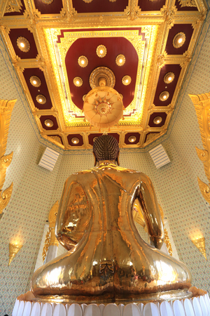 tons: BANGKOK, THAILAND - December 15, 2014: Wat Traimit, Famous for its gigantic, three-meters tall and 5.5 tons Buddha Image, made of solid gold during the Ayutthaya period in BANGKOK, THAILAND.