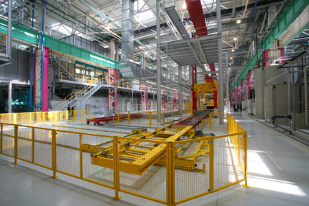 lopende band: interior of the new welding shop car factory assembly line