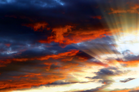 Sunset , sunrise with clouds, light rays and other atmospheric effect Archivio Fotografico