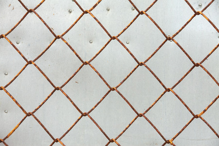 mesh fence: Old iron wire fence, close-up wire mesh fence