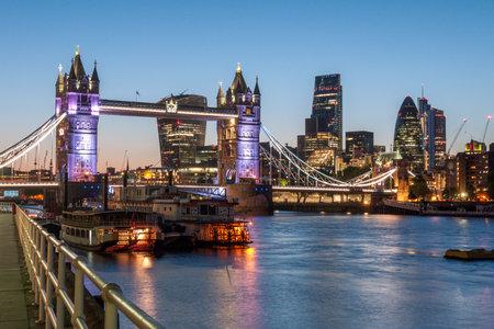 London, England - June 12, 2016: Tower bridge, London Bridge colourful sunrise on the Thames,long exposure Redactioneel