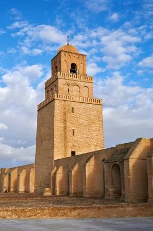 kairouan: The Great Mosque of Kairouan (Great Mosque of Sidi-Uqba), Tunisia Stock Photo