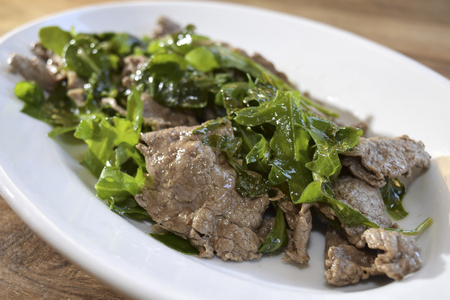 traditinal: traditinal  Italian second dish: beef strips with rocket