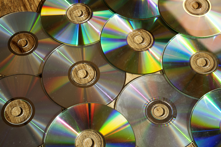 cd rom: news technologies: data electronic storage with cd rom system