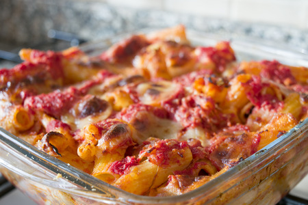 bolognese sauce: baked pasta with bolognese sauce and mozzarella Stock Photo