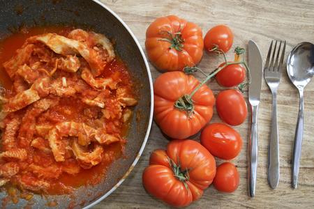 roman style tripe or tripe in pan with tomato sauce 版權商用圖片